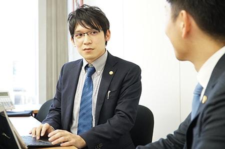 弁護士橋本誠太郎画像
